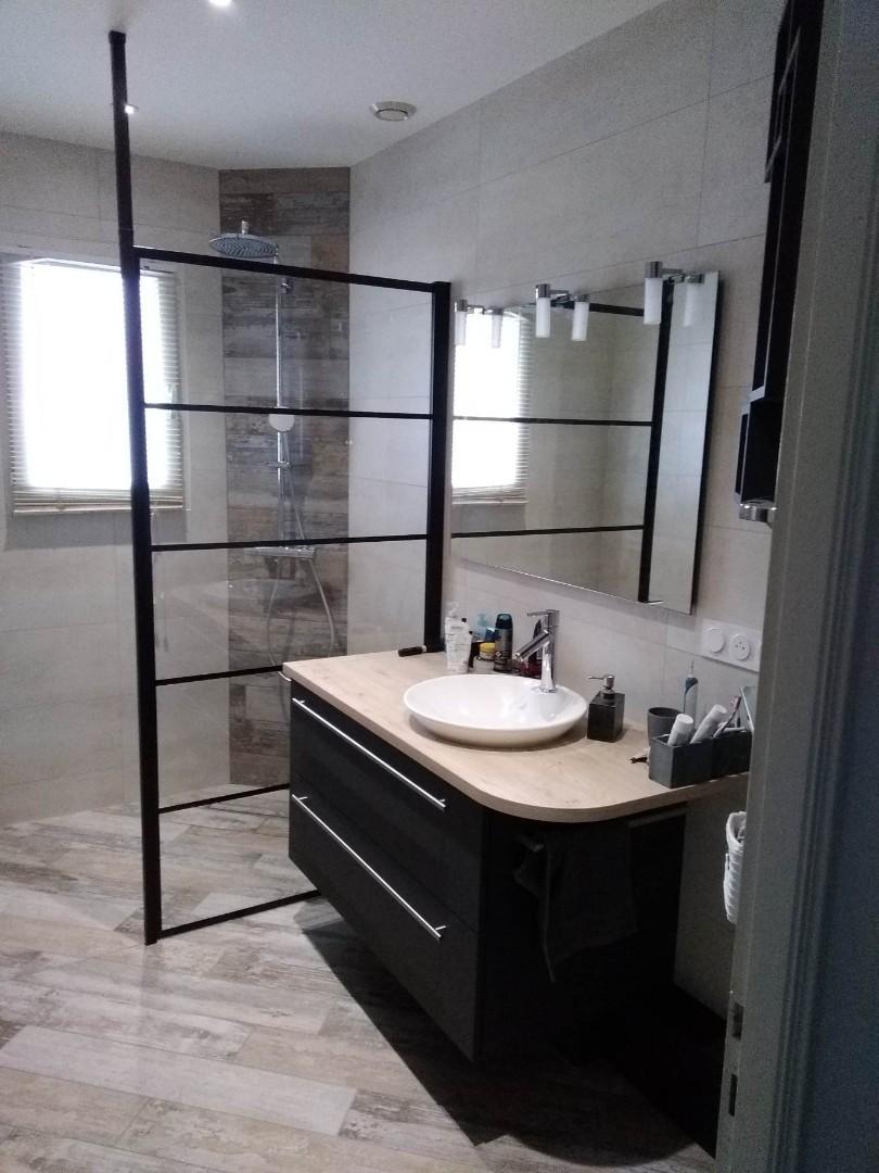 Réalisation de meubles pour une salle de bains