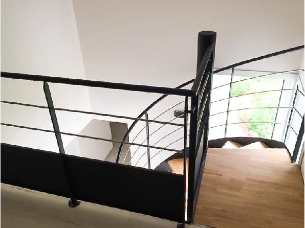 Escalier hélicoïdal bois / métal